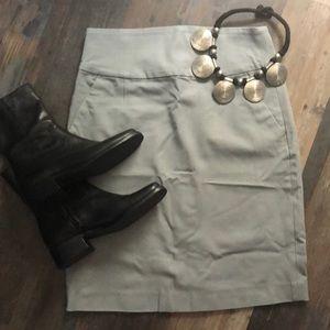 Grey Banana Republic stretchy skirt
